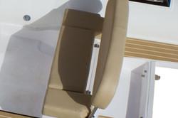 Rear-seat-with-backrest