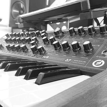 Studio_05.jpg