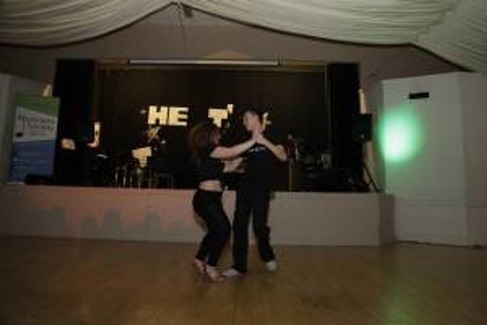 Salsa Dancers - Lam Lam