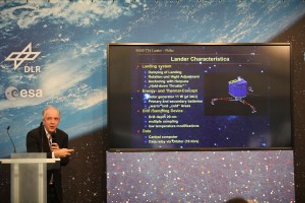 Stephan Ulamec speaking about the lander | Flickr