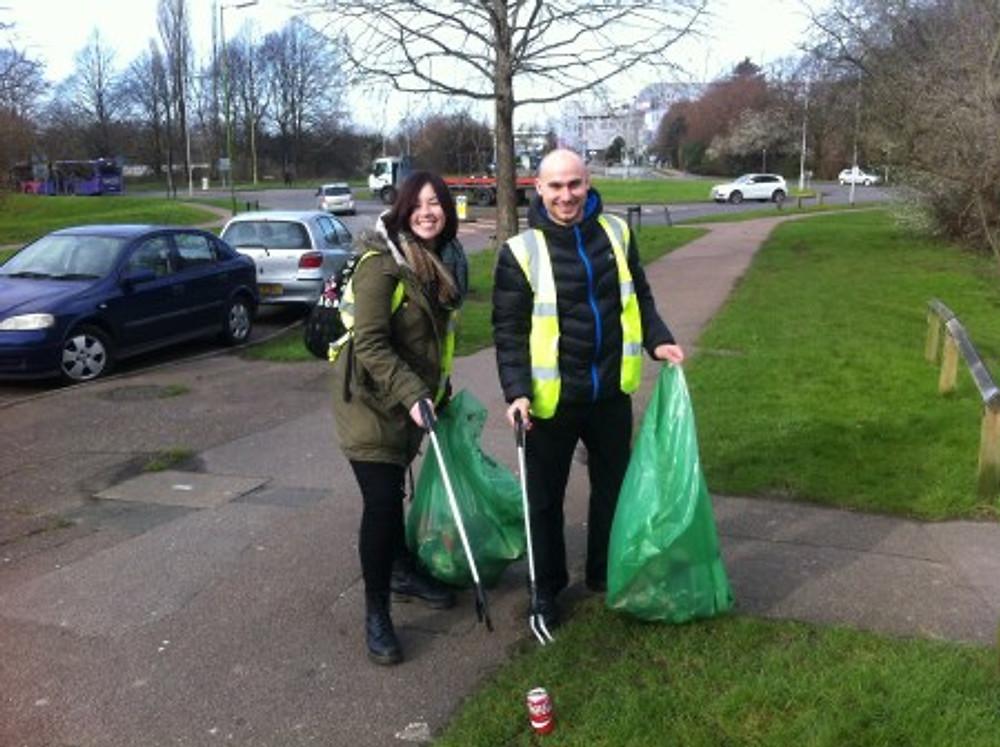 NEWS - litter picking event - credit Emma Lewis (2)
