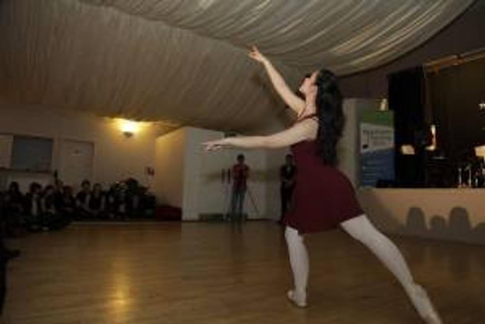 Ballerina   Lam Lam