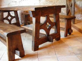 Table en bois campagnarde
