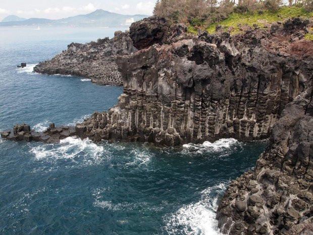 Du lịch đảo Jeju - Jusangjeolli Cliff