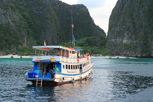 Thuyền tham quan đảo Phi Phi - Phuket Thái Lan