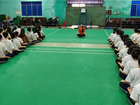 Yoga meditation workshop ở NGO Streets International