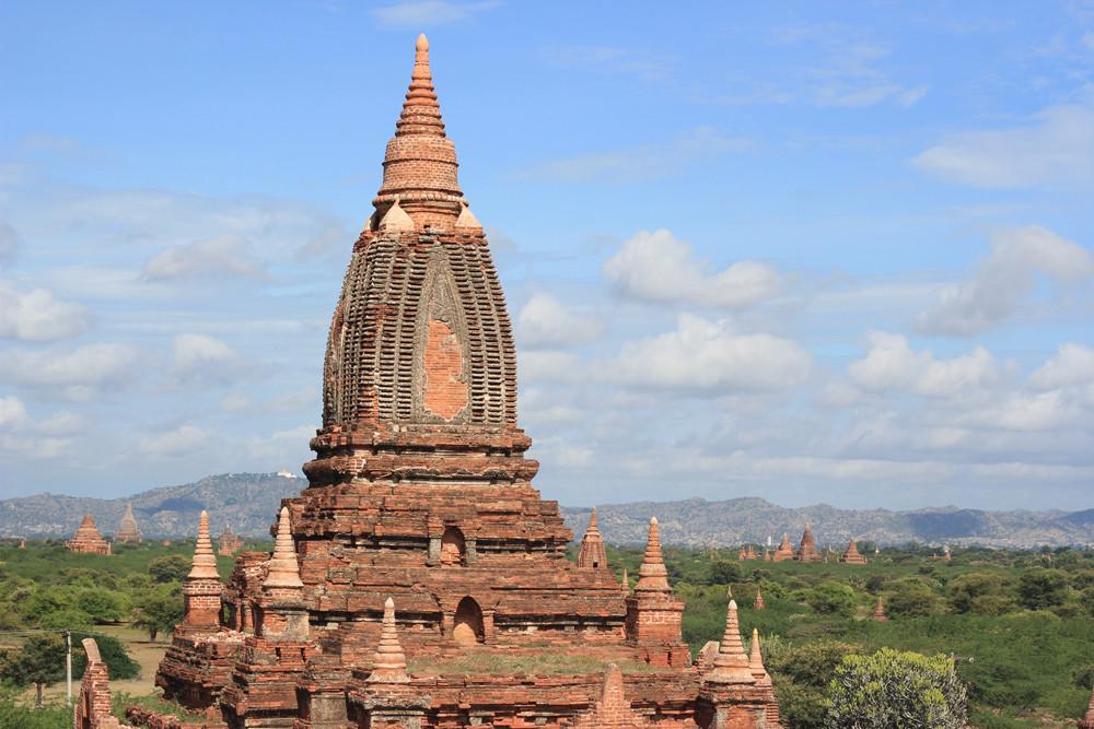 Một ngôi đền ở Bagan Myanmar