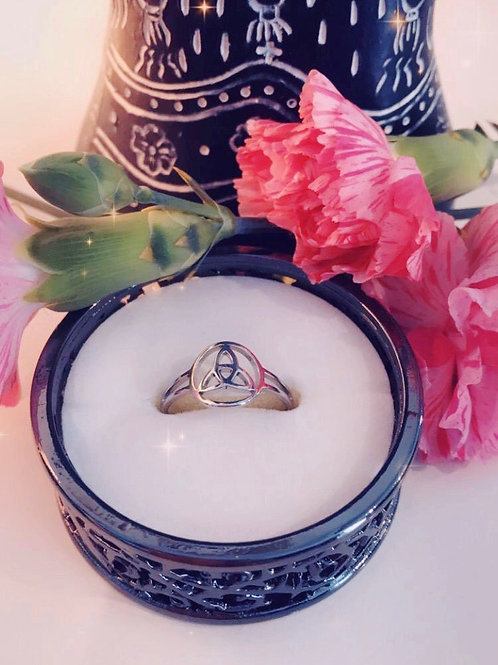Triquetra Stainless Steel Ring