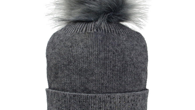 HyFASHION Two Toned Alaska Bobble Hat