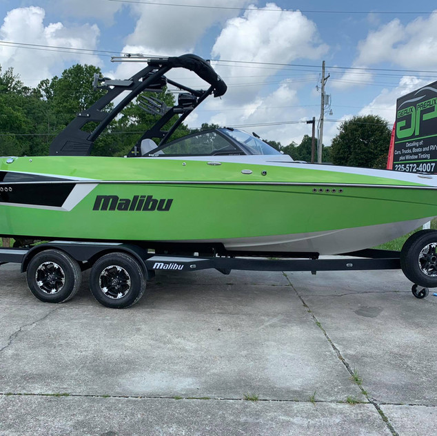 2018 Malibu Boat .jpg