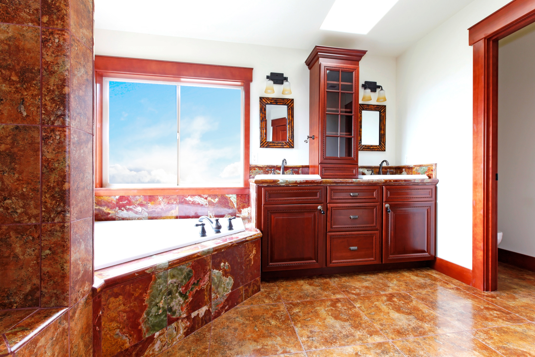 038404563-luxury-new-home-bathroom-red-m.jpeg
