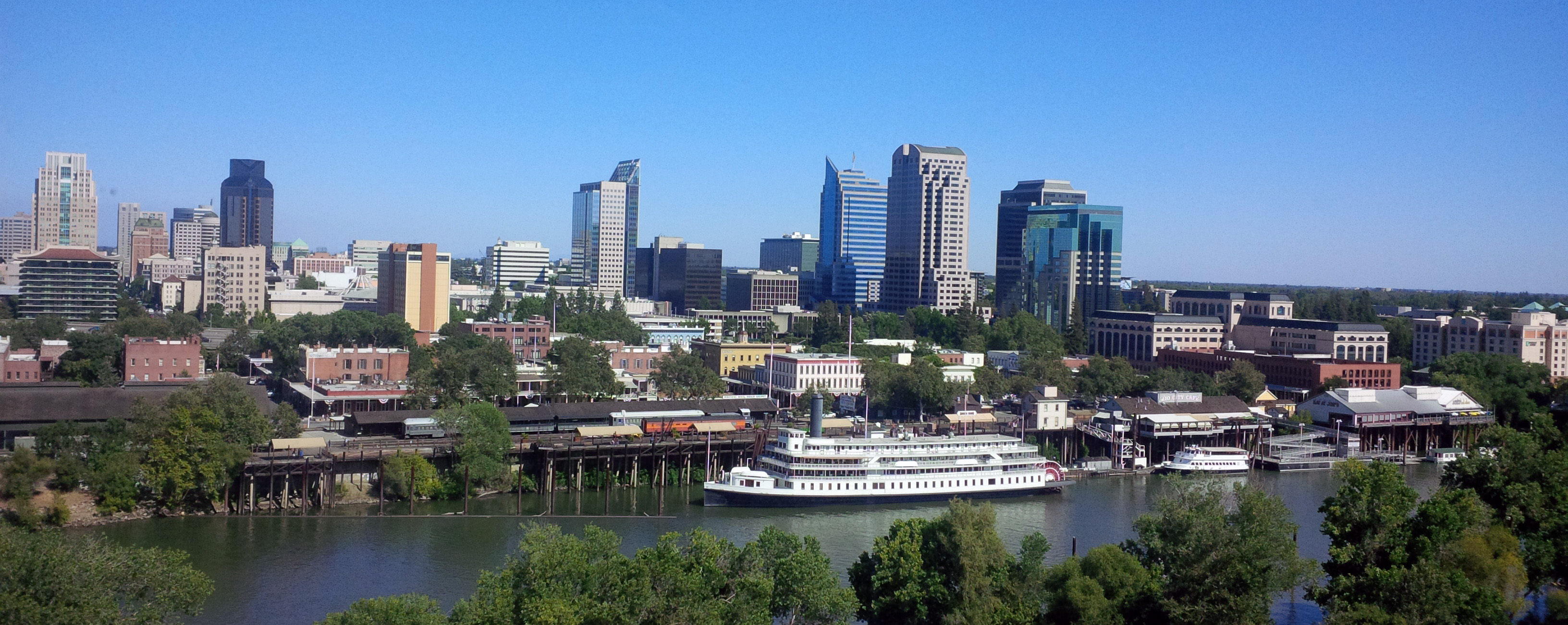 Sacramento-Skyline1