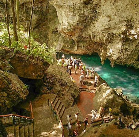 THE THREE EYES NATIONAL PARK (LOS TRES OJOS) IN SANTO DOMINGO WITH GO DOMINICAN TRAVEL