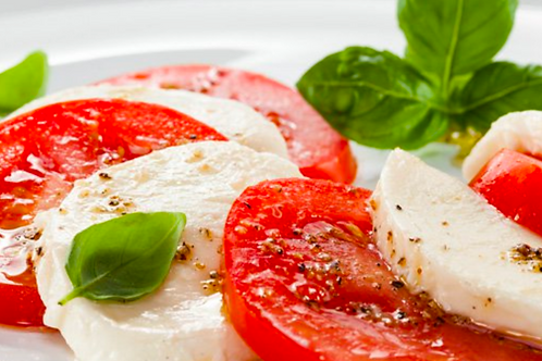 Carpaccio de tomates et mozzarella di bufala