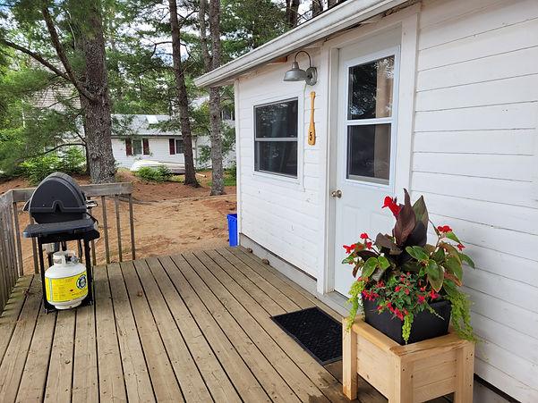 Cabin 5 (3).jpg