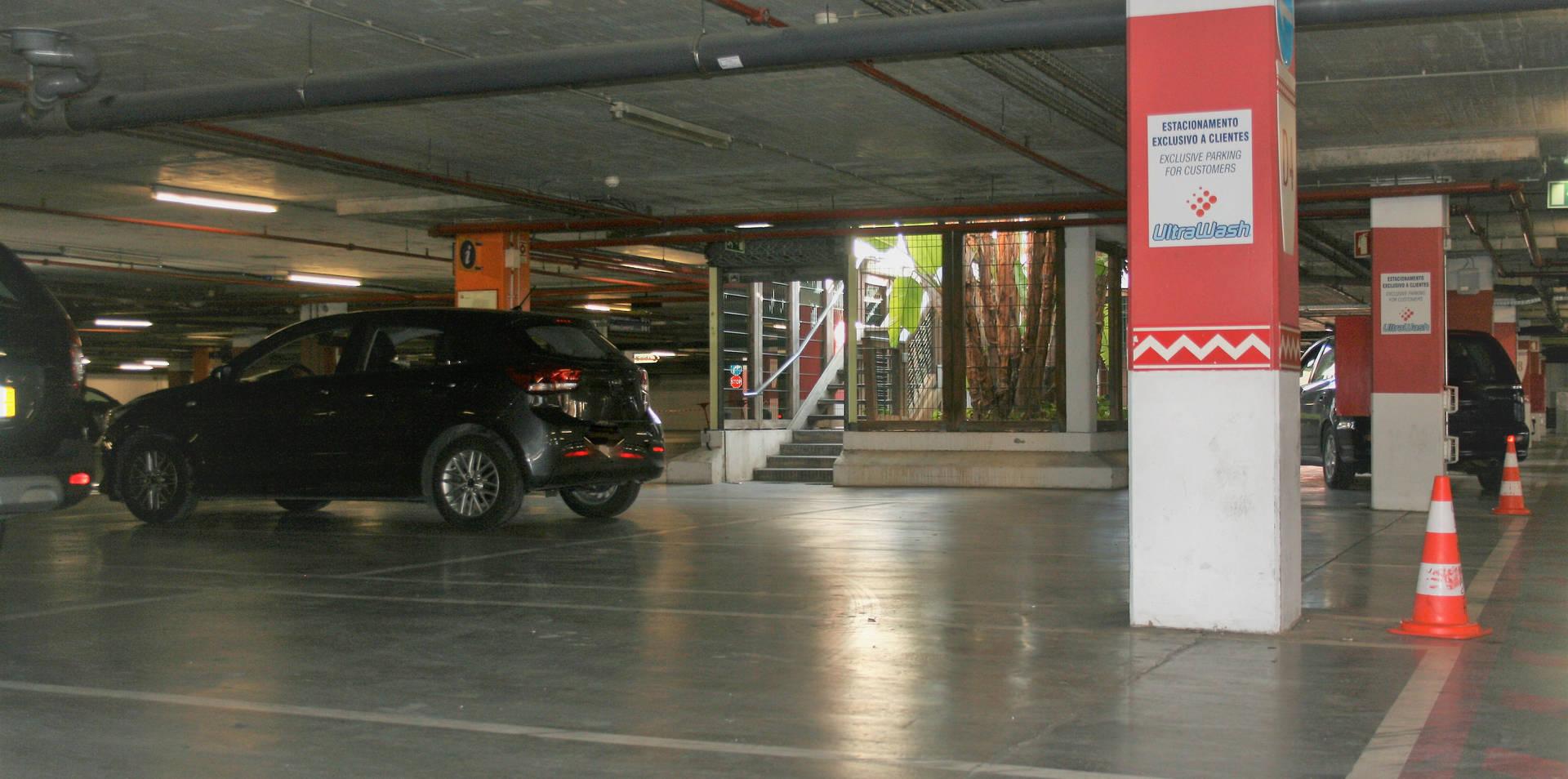 Estacionamento Exclusivo