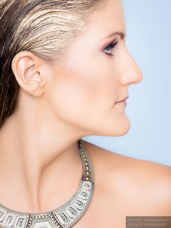 Make-up Gold