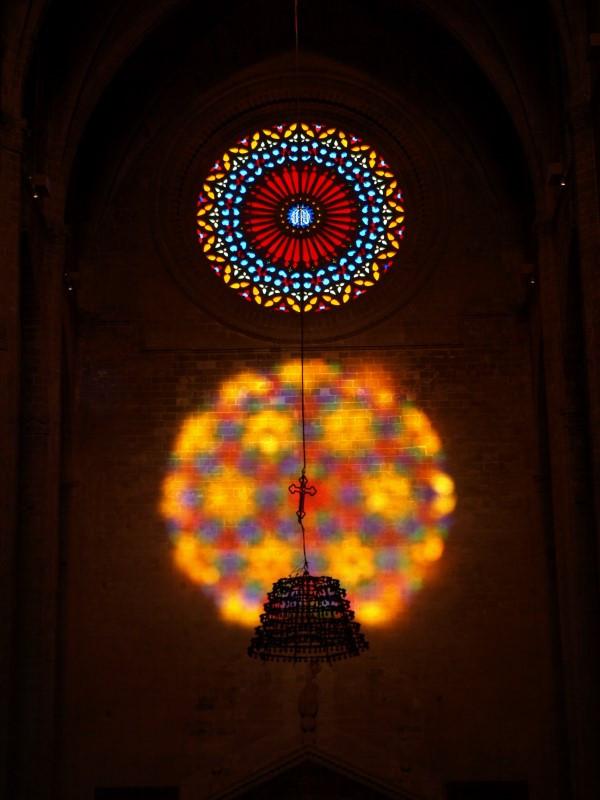 Espectaculo del 8 con las vidrieras de la catedral de Mallorca