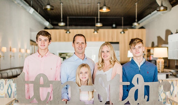Jenni and Jeff Moen and their family