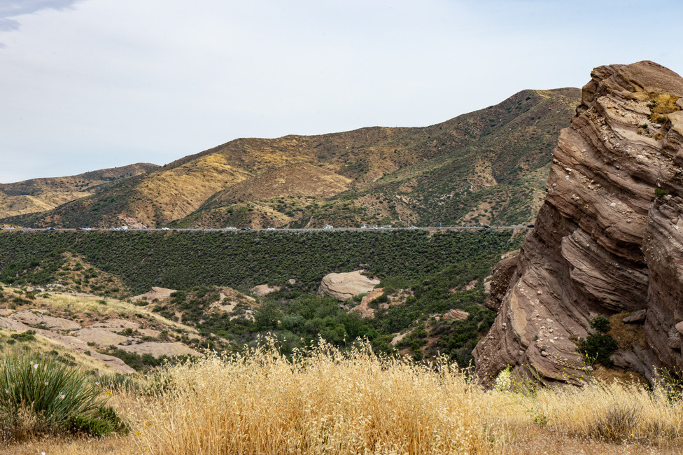 The highway splitting the landscape at Vasquez rocks