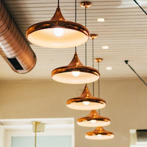 Lampes suspendues en laiton