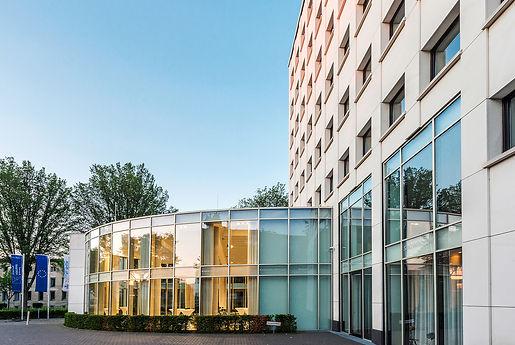 Aussenasich des Kronenburg-Forum des K2-Bürocenter in Dortmund. K2 Bürocenter in Dortmund, Büro und Ausstellungsflächen mieten, Gewerbefläche mieten, Praxis mieten