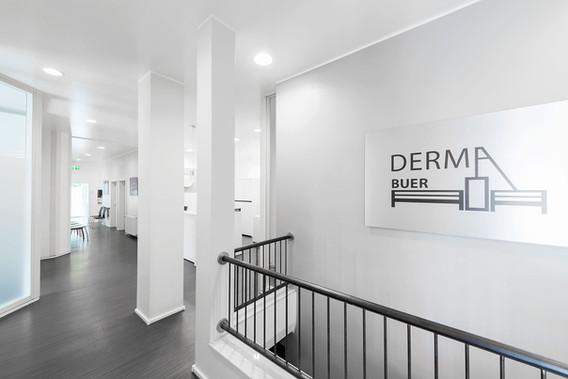 DermaBuer-Praxis05.jpg