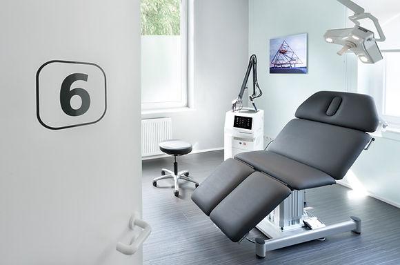 Laser OP-Bereich in der Hautarztpraxis Derma-Buer, Dr. Stephan Kobus, Dermatologe, Venerologoe, Hautarzt, in Gelsenkirchen-Buer