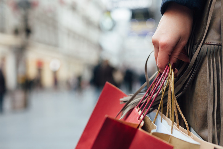 Keeping Holiday Spending Under Control
