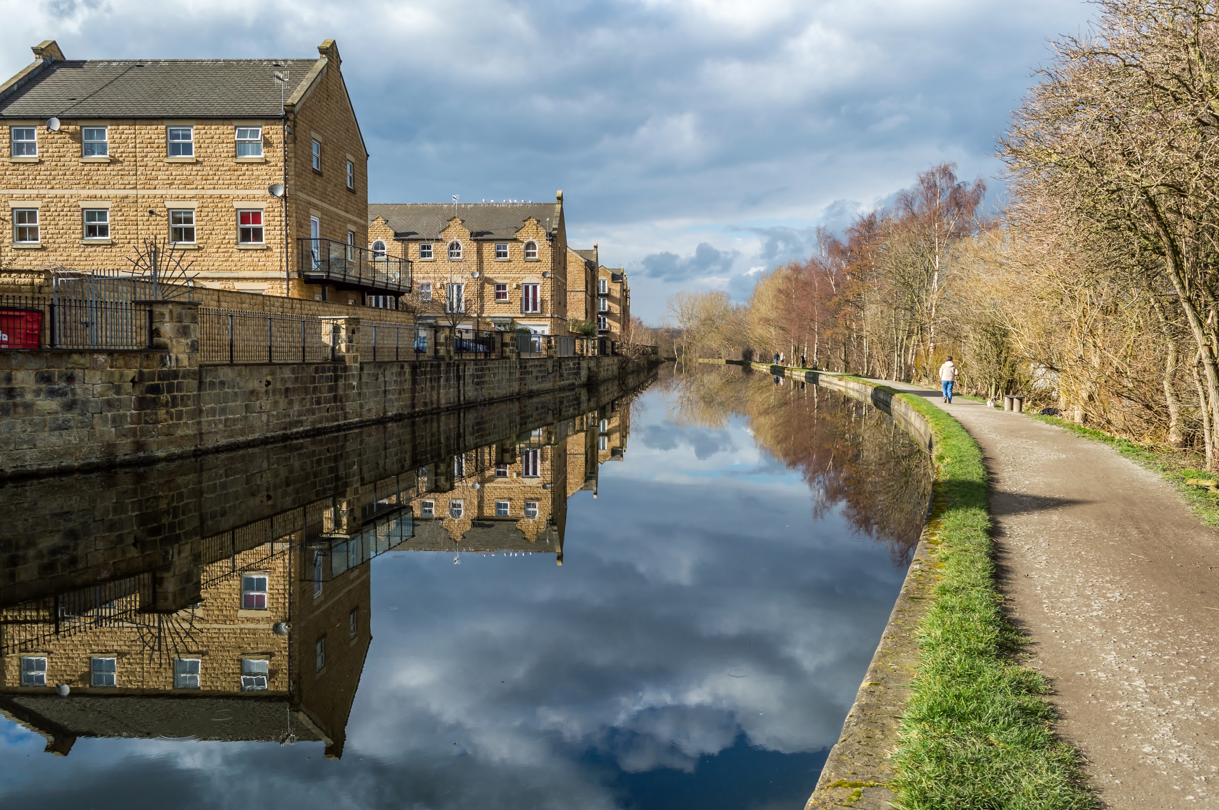 Houses by the Canal at Rodley