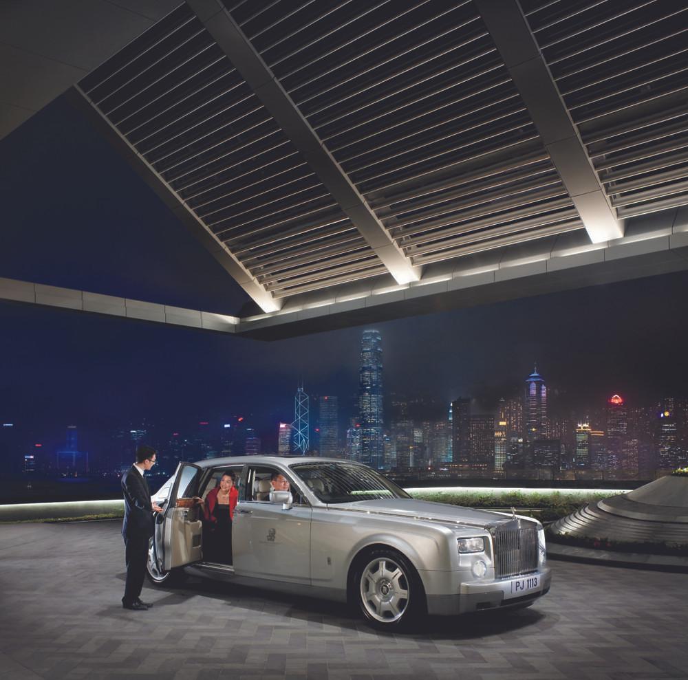 Hotel Entrance - The Ritz Carlton Hong Kong - Image Courtesy of Ritz Carlton
