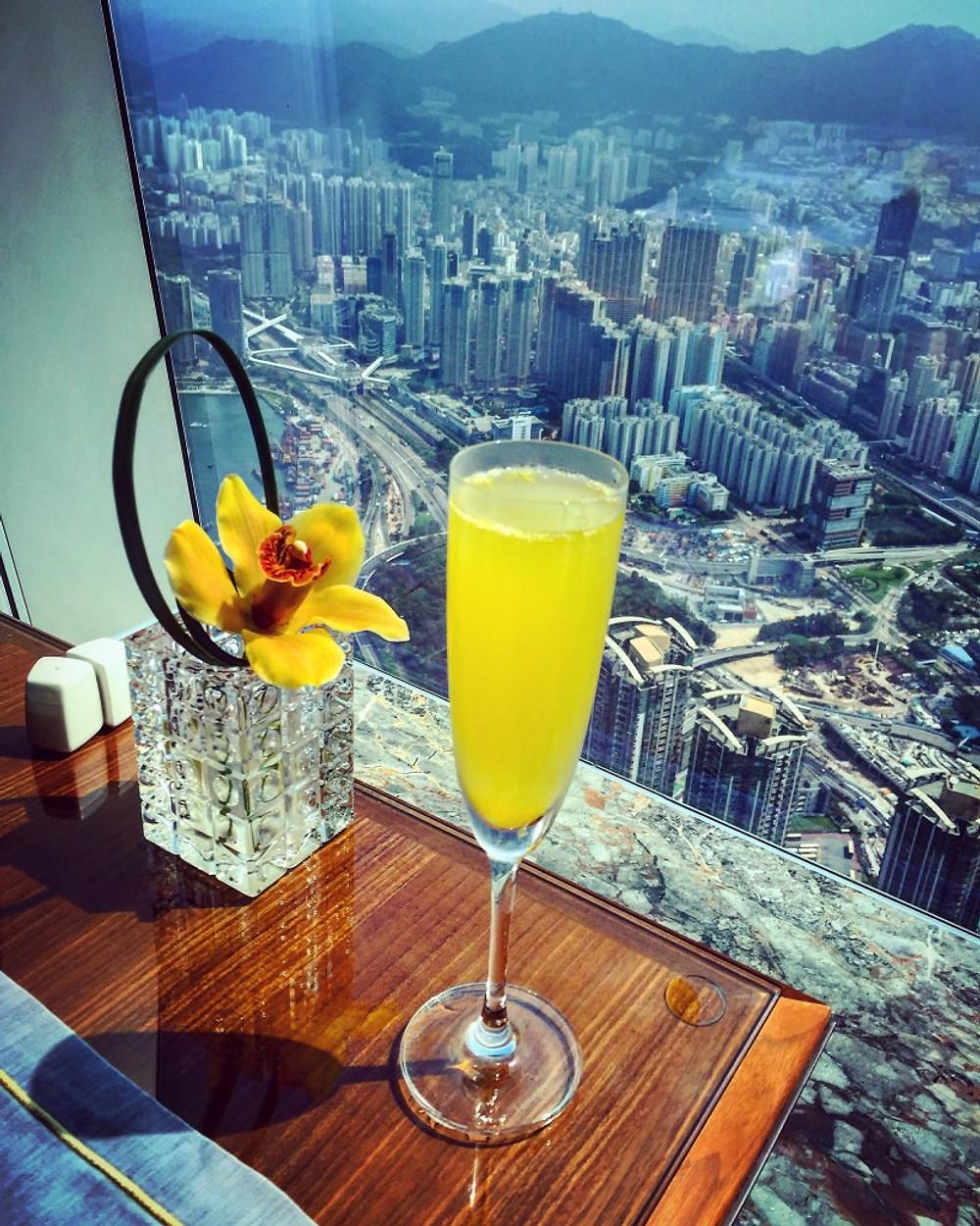 The Ritz Carlton Hong Kong Club Lounge