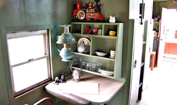 caboose desk