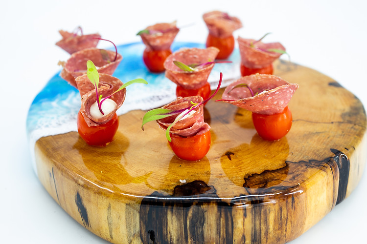 Hors d' Oeuvres with Hand Selected Wines