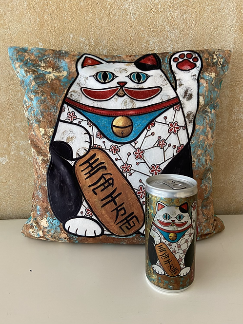 Maneki Neko - cuddle pillow - Kissen 30 x 30 cm