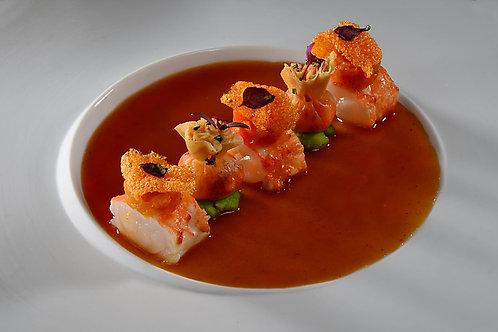 Médaillons de langoustine délicatement étuvés, sauce coraline