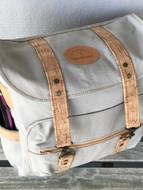 Madison Hunting Bag top