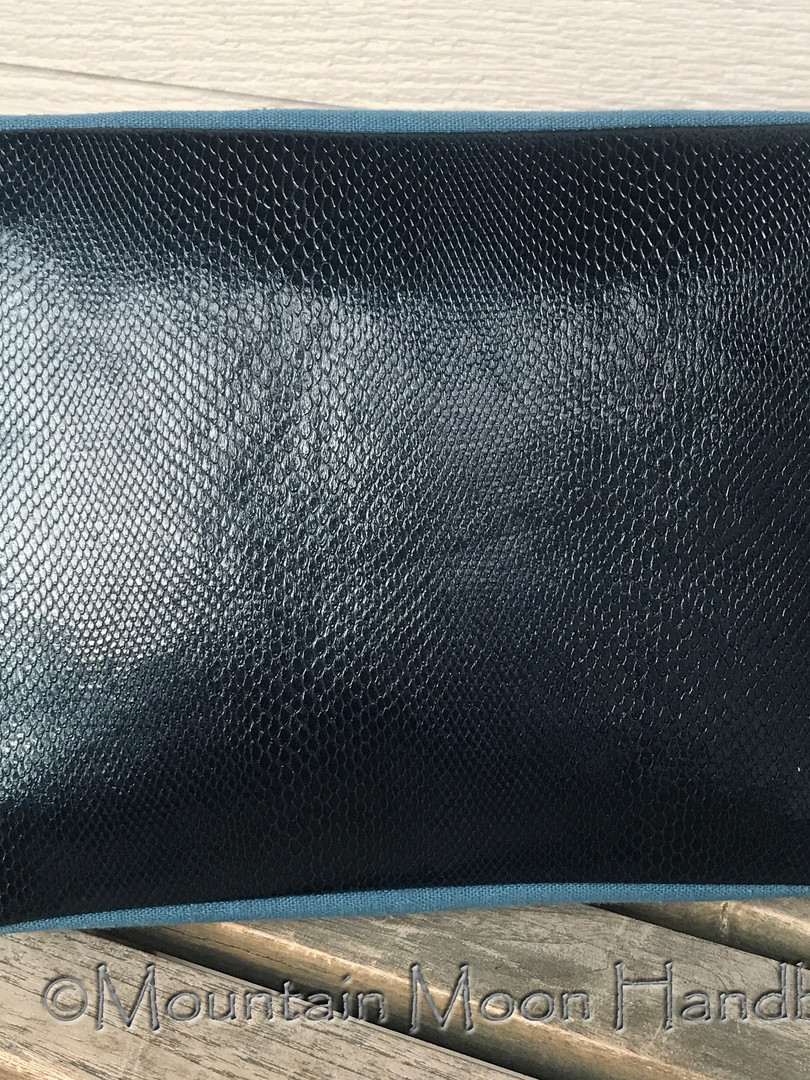 Juniper Toiletry Bag bottom