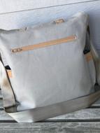 Madison Hunting Bag back
