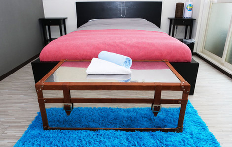 jacob-201-bedroom-02-0004-0001-0001.jpg