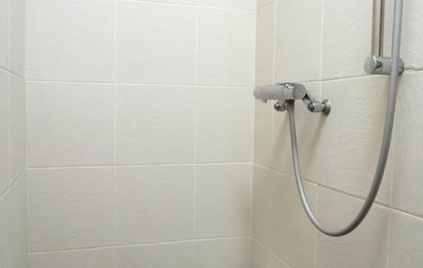 jacob-201-shower-0001-0001-0001.jpg
