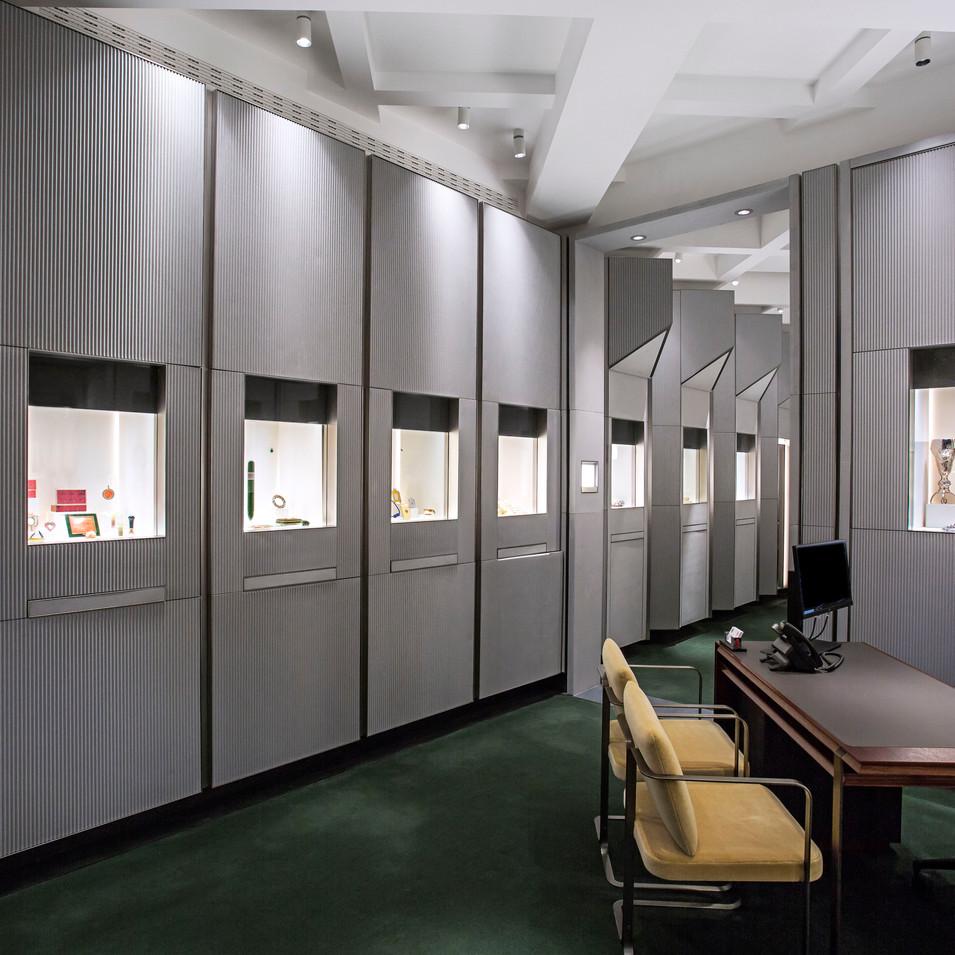 Wartski - Front Sales Room