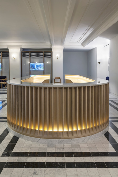 SISL - Reception Desk