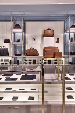 Smythson - Travel Hall