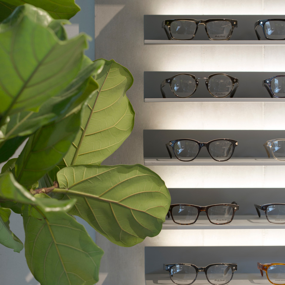 Hardy Amies - Sunglasses Display