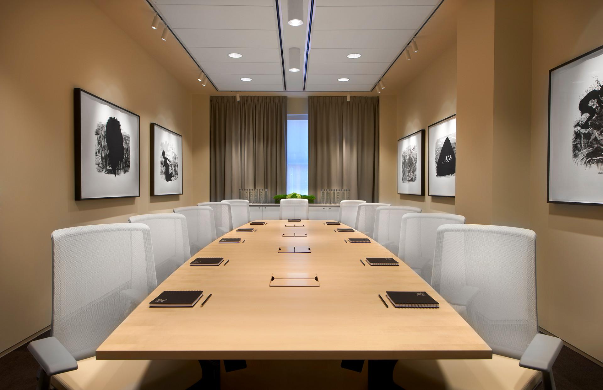 21c Cincinnati - Conference Room