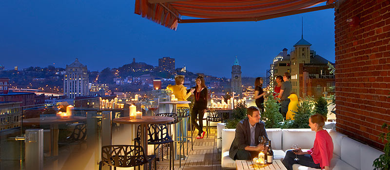 21c Cincinnati - Roof Bar