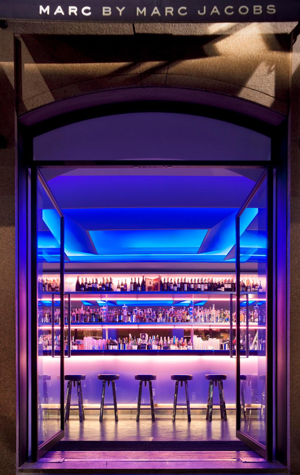 MMJ Milan Cafe - Bar