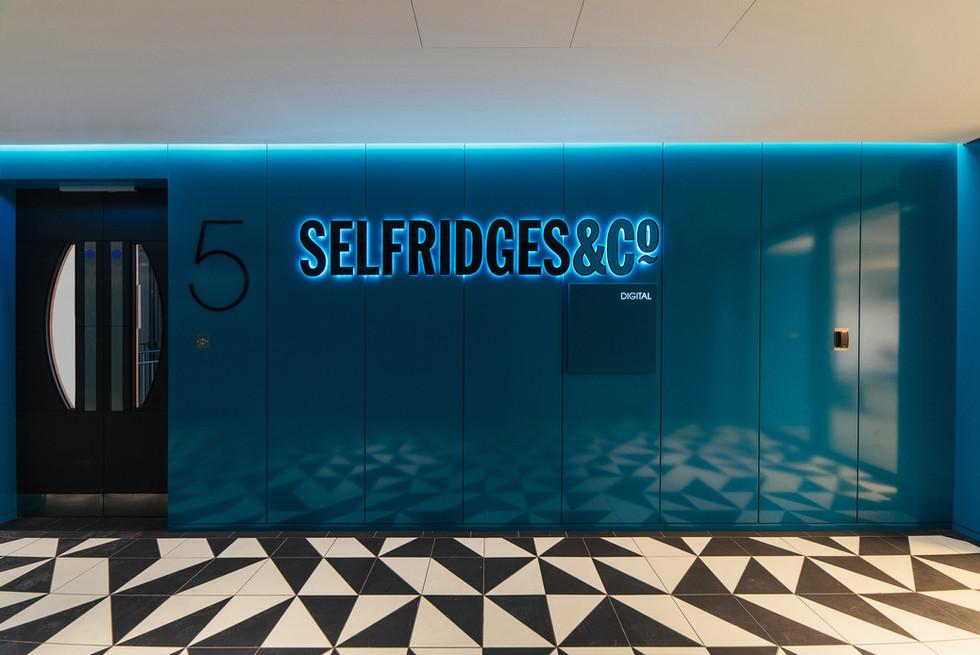 Selfridges HQ - Lift Lobby