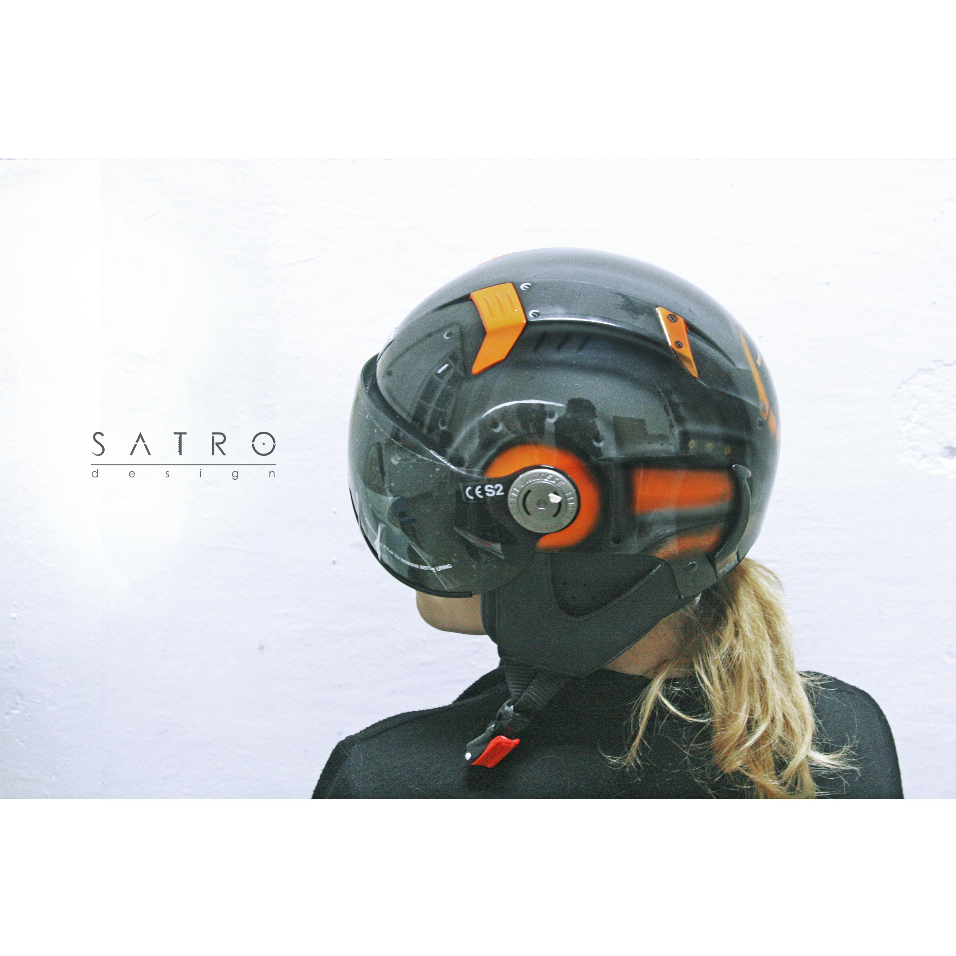 Шлем,Робот-Эксклюзив 2015 вид сбоку
